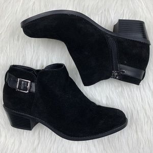 Vionic | Millie Suede Ankle Boots